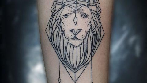 cizgi-dovme-aslan-tattoo